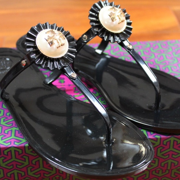 f05f550187e9 Tory Burch Shoes - TORY BURCH SANDALS BLK 10 Melody Pearl